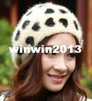 Wholesale Korean Winter Warm Rabbit Fur Caps Knitted Heart Pattern Lovly Lady Hats Round Beret Five Colors For Choose