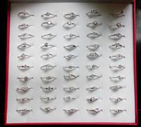 achat en gros de or mélange anneaux de conception de bijoux-Bague de mariage en or blanc Zircon