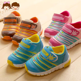 Wholesale Childrens Shoes Fashion Sports Footwear Children Athletic Shoes Footwear For Kids Boy Girl Cheap Sneakers Sports Shoes Athletic Footwear