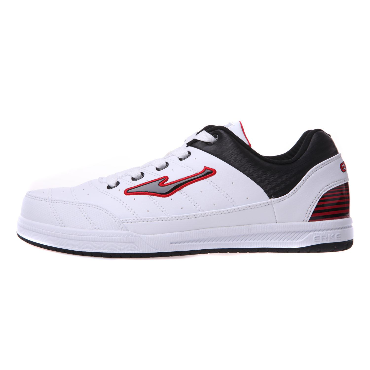 casual football shoes images
