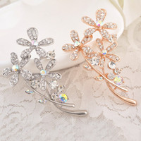 Wholesale High quality flowers style K gold plated fashion wedding women s RhineStone Bright clear Crystal rhinestone brooch