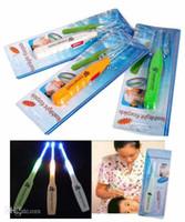 Wholesale Hot Sale New Ear Cleaning Tool Shine Earwax Spoon Antiskid Handles Flashlight Earpick