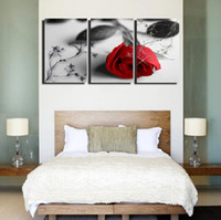Wholesale 3 Panel Hot Sell Modern Wall Painting Home Decorative Art Picture Paint on Canvas Prints Black and white paintings and brilliant red roses