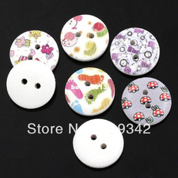 Free Shipping 200pcs Random Mixed Pattern Printed 2 Holes Round Wood Sewing Buttons Fit Sewing Or Scrapbooking 15mm Knopf Bouton