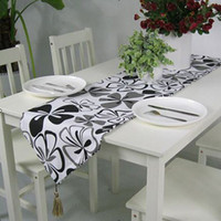 Wholesale Countryside Style Canvas Table Flag Two Sides Available Black Flower Pattern Table Runner EY3659