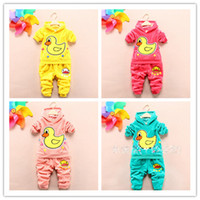 Wholesale 2014 Spring Fashion Velvet Yellow Duck Pattern Hoody Pants Outfits Children Boys Girls Kids Clothes B2806