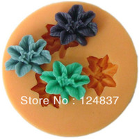 Cheap 15mm Mini 3 flowers fondant mold cheap cake decorating supplies soap Silicone mould candy cups cupcake mold baking