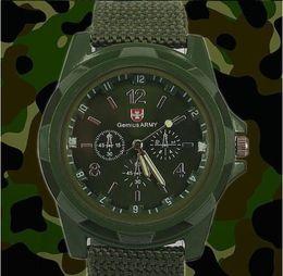 La nueva manera de Deportes de moda reloj de pulsera de análogos de lujo del estilo militar para el reloj de la correa de lona de los hombres 3color Swiss Army Gemius Relojes reloj de cuarzo desde reloj del ejército suizo deporte militar proveedores