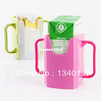 Wholesale Retractable folding baby learn to drink cups environmental spill prevention spill drink boxes milk bracket