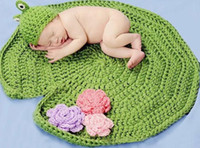 Unisex Summer Crochet Hats New hot sale Baby Infants Knitted Hat Beanit Green Frog Animal Cap Lotus Leaf Blanket 2pcs Baby Photography Props Costume