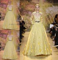 achat en gros de zuhair murad dentelle jaune-2015 Stunning Zuhair Murad Sheer Robes de soirée Jewel Décolleté à manches longues Appliques à laine jaune Robe à la main à la chapelle Train Prom Gowns