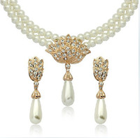 Bracelet,Earrings & Necklace Women's Wedding RIGANT accessories wholesale 18 k gold plated with Austrian crystal wedding dress earrings necklace set of elegant women