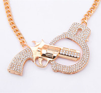 Wholesale Handcuffs Pistol Necklace Gold Chain Fashionable Young Women Party Jewelry High Quality Pendant Necklaces