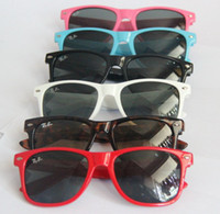Wholesale 10 Cheap Wayfarer classic style sunglasses women and men beach sunglass Multi color sunglass