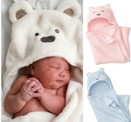 Wholesale Hotsale Baby Coral Velvet Blankets Newborn Winter Super Soft Bear Cartoon Hooded Baby Sleeping Blanket Bags B2867