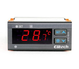 On STC - 9200 thermostat temperature controller of temperature controller for refrigeration and frost fan on the floor