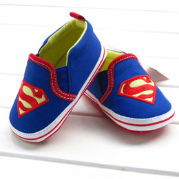 Wholesale 2014 new Very cool Superman batman Baby boys shoes Soft Sole new born Learning Walk Shoes cartoon Anti slip Toddler shoes CM