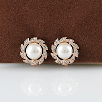Wholesale italina classic pearl no pierced woman s earrings female k gold crystal ear clip