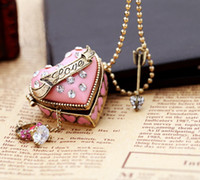 Wholesale Fashion Ladies Locket Necklace Antique Pink Love Heart Pendant Bronze Beaded Necklaces