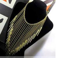 al por mayor antiguos remaches de latón-Moda individual nuevo estilo de oro y latón antiguo de aleación de color exagerada del punto del remache de la borla de Collares Punk Collar de la Mujer de la venta caliente