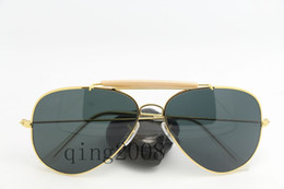Wholesale Hot sale New style gold frame black lens Mans Womans sunglasses Come With Cleaning Cloth box Case Mix order