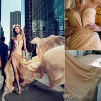 Wholesale Cheap Evening Dress New Arrival Elie Saab Anja Rubik Dresses Formal Gown With Champagne Chiffon Ruffled High Side Slit Celebrity Gowns