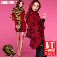 Wholesale Ms Tang winter new European and American wild flowers retro big wide multi use woolen scarf shawl