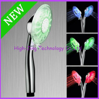 Wholesale Romantic Temperature Control Colorful LED Light Shower head with retail packaging