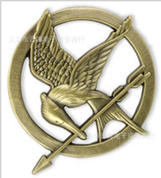 Big Kids authentic kids brand - Brand New Hot Sale Authentic Prop imitation Jewelry Katniss Movie The Hunger Games MOCKINGJAY PIN