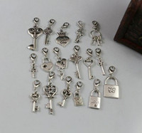 Charms antique lock and key - Hot Mixed Antique Silver Heart Crown Lock Key Dangle Beads And Lobster Clasp z010
