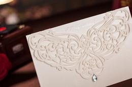 Wholesale 2014 Elegent White Rhinestone Hollow Graceful Wedding Invitation Cards Personalized Set Of