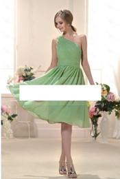 Fashion One-Shoulder Fabulous Draped Empire Waist Knee-Length Train Chiffon Bridesmaid Dress
