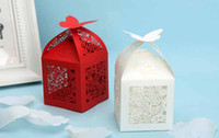 Wholesale Small gift boxes Red White Creative Personalized European Hollow Butterfly Candy Box Wedding Favour Boxes Paper K0501