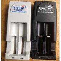 Wholesale Free DHL V V voltage TrustFire TR001 Lithium Battery Charger for Battery EU US Plug