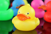 Wholesale factory direct sale BIG SIZE Baby Bath Water Toys Children Swimming Beach Gift Sounds Rubber Ducks Kids Bath