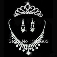 Wholesale Bridal jewelry sets rhinestones wedding jewelry Womens rhinestone necklace earrings and tiara Set set retaile