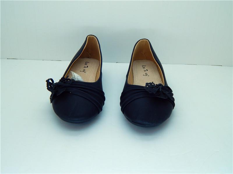 Comfortable Footwear Women Nappa PU Casual Flat Heel Black color