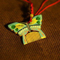 Wholesale Pretty Multi Butterfly Designs Comb Shape Hang Decoration Home Interior Decor Gifts and Souvenir Suppliers SZ0307 SZ0307