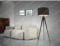Wholesale NEW Living Room Tea Table Floor Lamp Modern Simple Fashion Sofa Floor Lamp Stainless Steel Lampbody Cloth Lampshade Lighting MYY8936