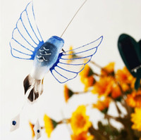 Wholesale Solar Flying Fluttering Hummingbirds with plastic wing EMS