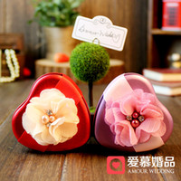 Wholesale New Romantic Tin Plate Heart Style with Flower Candy Boxes Heart Style Red Purple Wedding Favor Holder Party Gift Box a