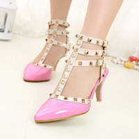Wholesale Lady Rivets Shoes Women Buckle Shoes High Quality fashion Shoes HN22066