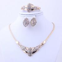 Livraison gratuite 4pcs Promotion Cheap Dubai africain d'or indien 18 k plaqué collier ensemble Set de mariage de mariée nuptiale