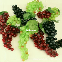 Wholesale High Quality garden decoration grapes artificial plastic PE grapes red green black colors hawaiian party decorations