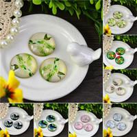 achat en gros de verre tuile de dôme-10pcs jolie photo de fleur Verre Cabochon tuiles Dome dos plat embellissements pour le réglage Pendentif 20mm