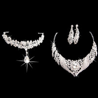 Wholesale Promotion Classic Fashion Bridal Jewelry Set Party Wedding Rhinestone Tiara Necklace Earring Tiaras Set Crystal Rhinetone Crown Jewelry Sets