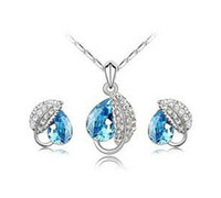 Wholesale MF102 Crystal Necklaces amp pendants Fashion Girls Jewelry Sets Mixed Colors