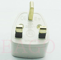 Wholesale Lowest Price DHL FREE RA White Universal US AU EU to UK AC Power Plug Travel Adapter England UK Plug