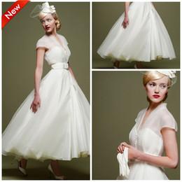 Tea Length Short African Wedding Dresses 2019 Simple V Neck White Organza A Line Arabic Bridal Gowns Cheap Plus Size vestido de noiva