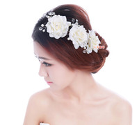 Wholesale The bride headdress flower rose pearl hand hairpin of pearl diamond wedding tiara wedding dresses hair accessories